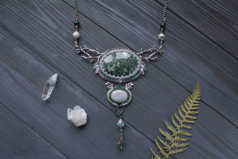 First frost in the Elven forest: witch jewelry, witchy necklace, green witch,  forest jewelry, elven jewelry, fantasy necklace