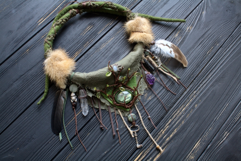Green forest Witch necklace: