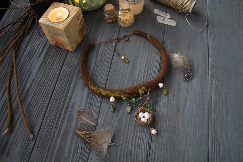 Bird's nest with pearl eggs Ostara necklace: witch jewelry, witchy necklace, green witch, Ostara, fairy jewelry, forest jewelry,  bird nest, nest necklace, pearl egg