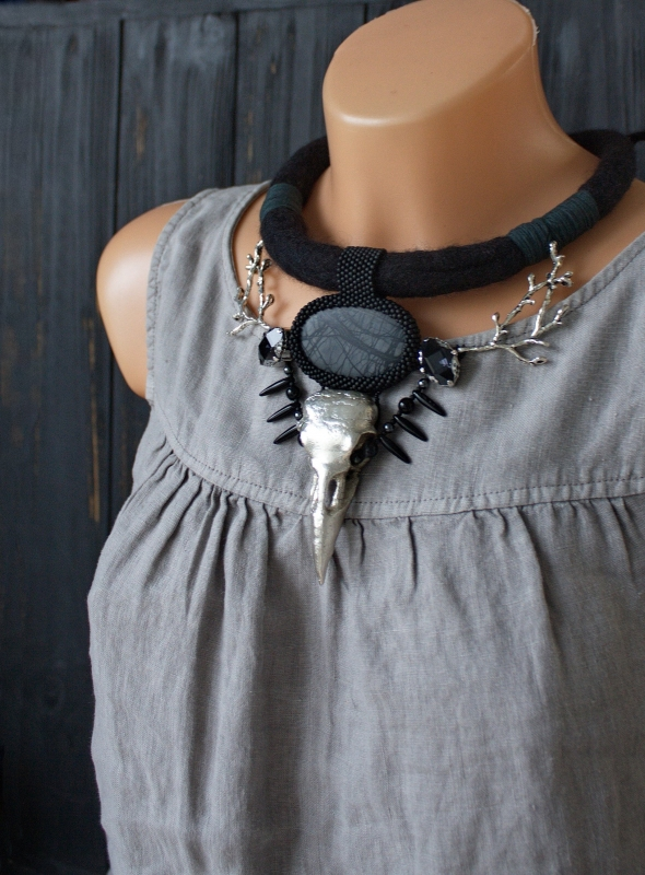 Winter Raven skull witch necklace: