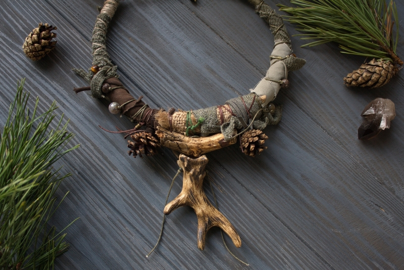 Pine Forest keeper: witch jewelry, witchy necklace, green witch, forest jewelry, antler necklace