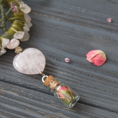 Rose Triple moon wiccan necklace