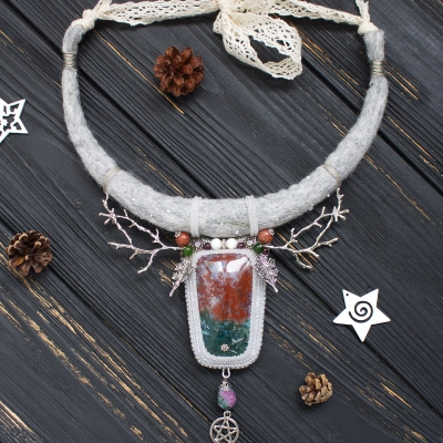 Yule witch necklace with red green Jasper and Holly leaves