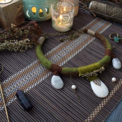 Snowdrop earthy natural style green witch necklace